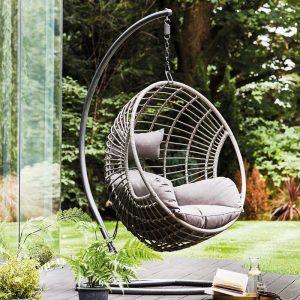 Hang Chairs